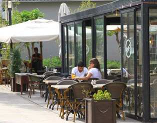 Paradiso Cafe Sarona - Outdoors